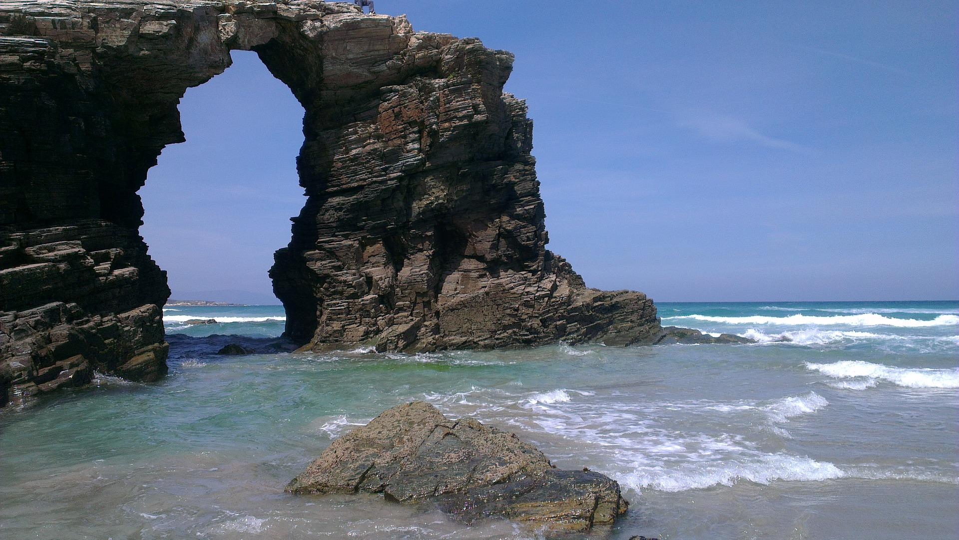 beach-1796073_1920